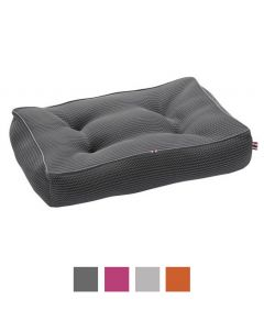 Hunter Quilted Toronto Dog Bed